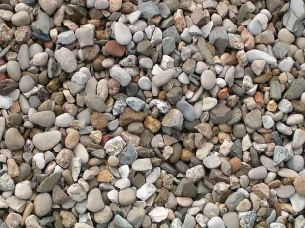 Crushed Granite Gravel : A guide to pea gravel crushed stone river rocks