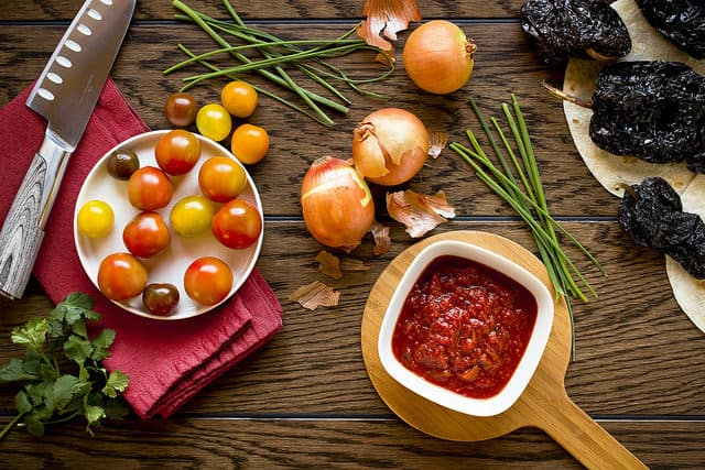 10 Easy Steps to Making Fresh Garden Salsa: Plus Canning Instructions