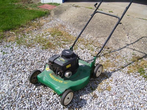 Review: Weedeater 20'' Briggs & Stratton Gas Powered Push ...